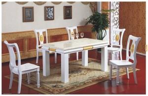 高档白色餐桌